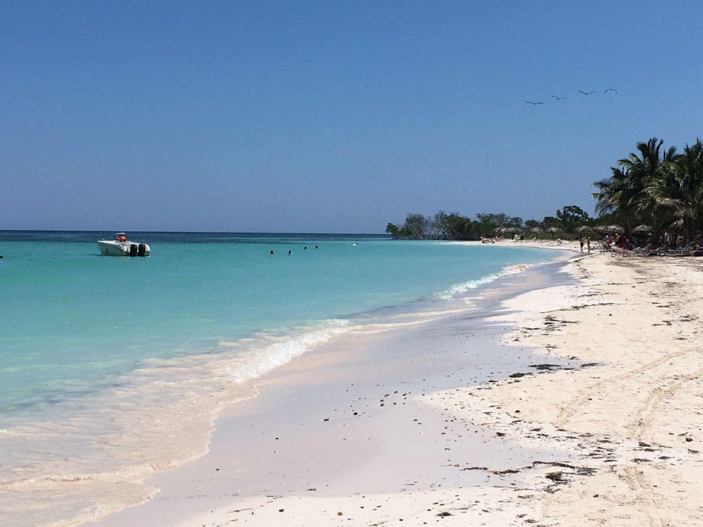Cayo Jutia, beach Cuba near Viñales. Things to do in Viñales