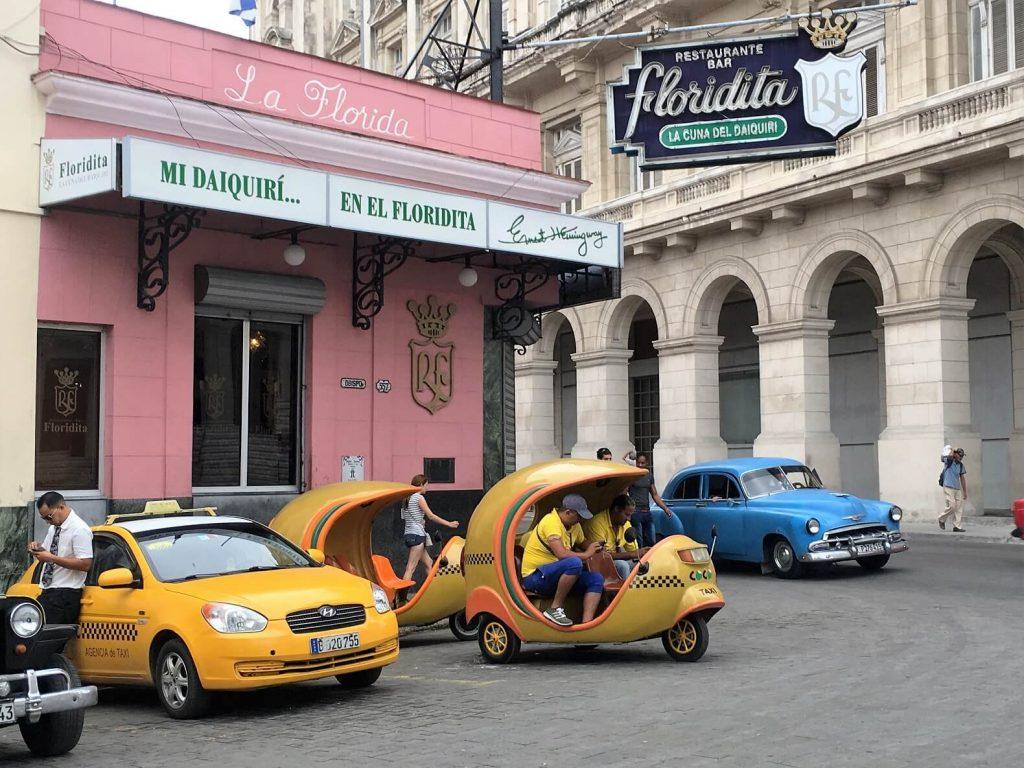 Cocotaxis, new Cuban transportation