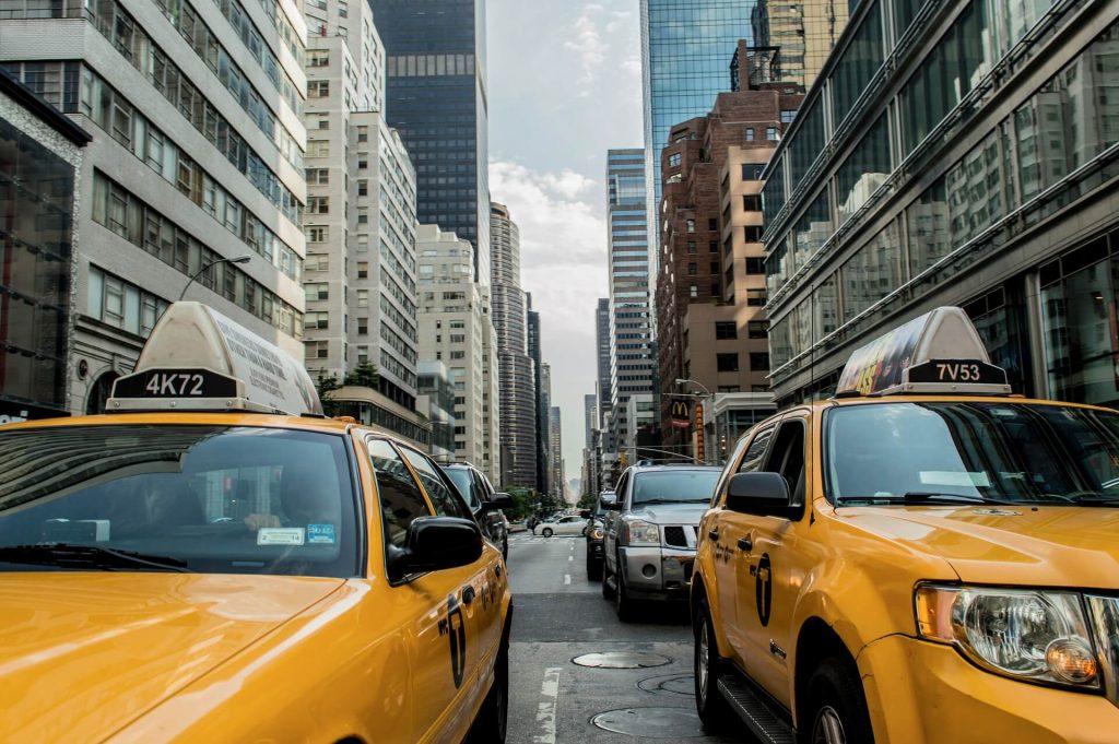Taxis in Manhattan neighborhoods