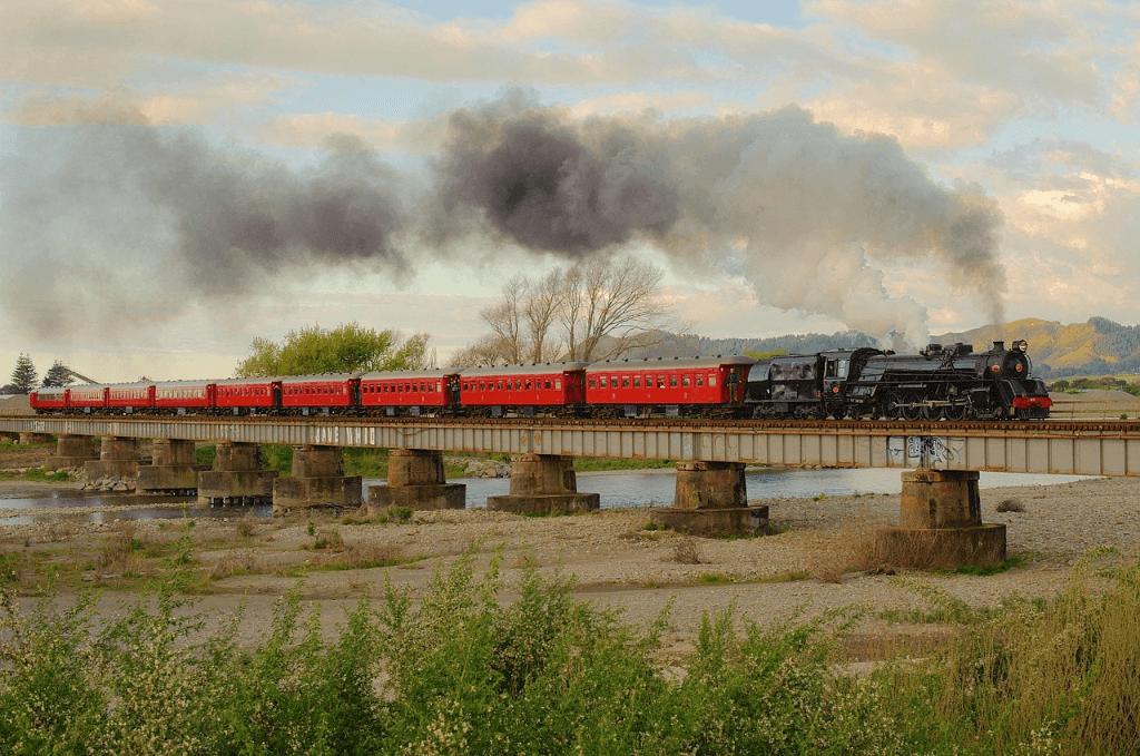 TransAlpine - scenic railway journeys and train vacations