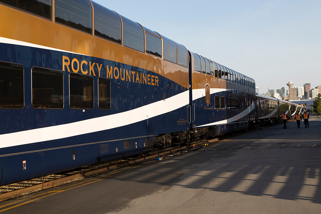 Rocky Mountaineer - scenic railway journeys and train vacations