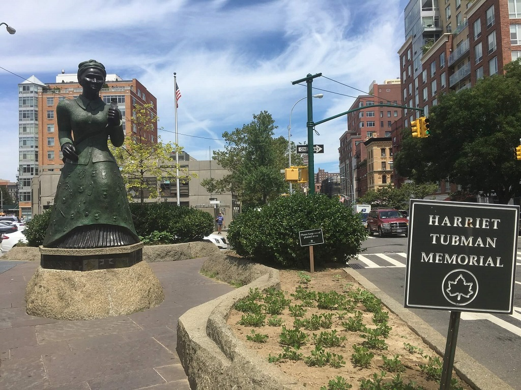Harriet Tubman memorial in Harlem, things to do in the United States