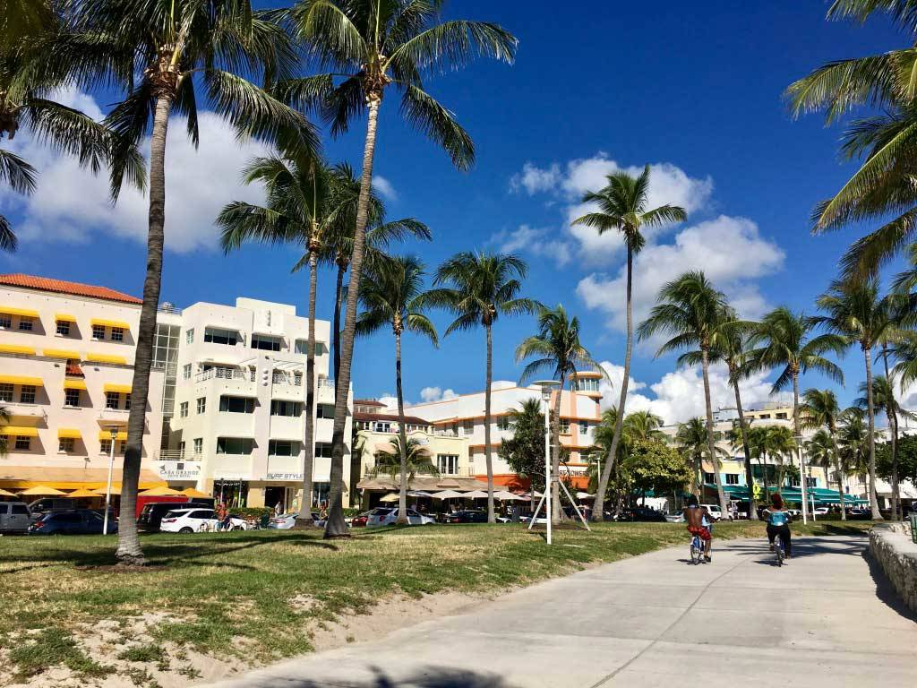 Unforgettable Things to Do in the USA - Art Deco District in Miami