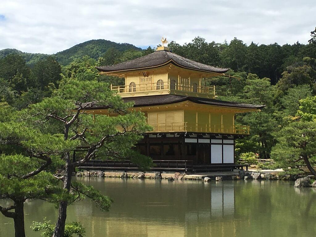 Golden Pavilion day tour in Japan