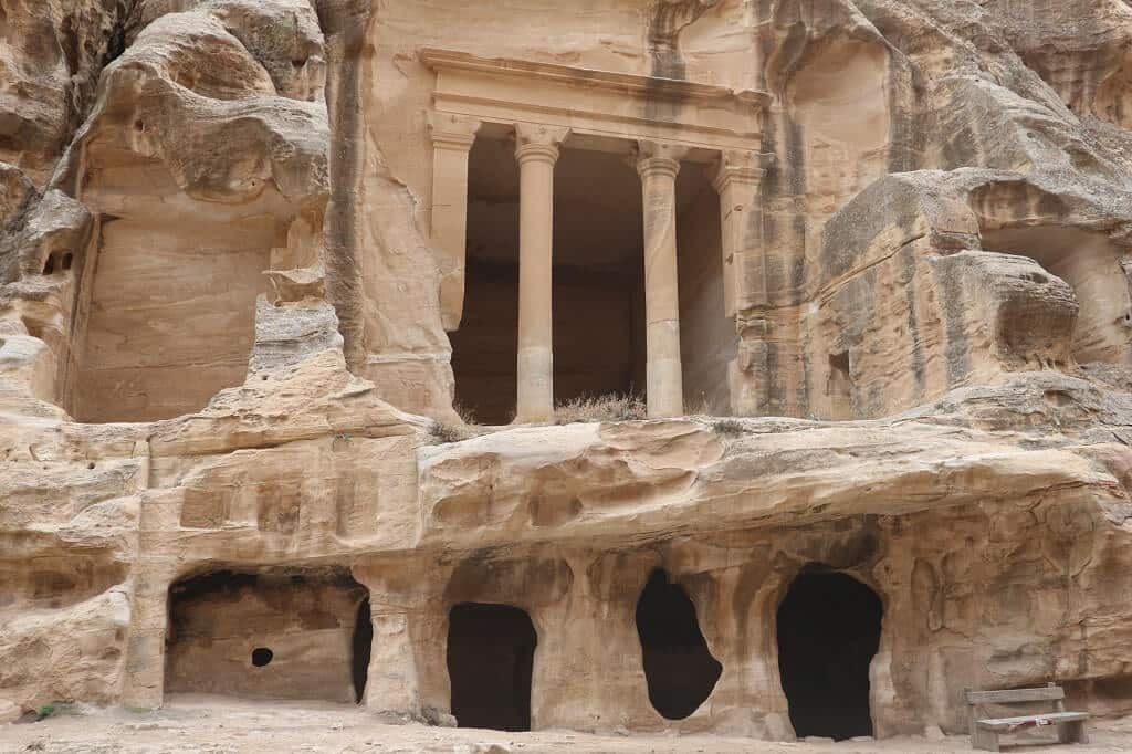 Little Petra tombs, Joedan atractions