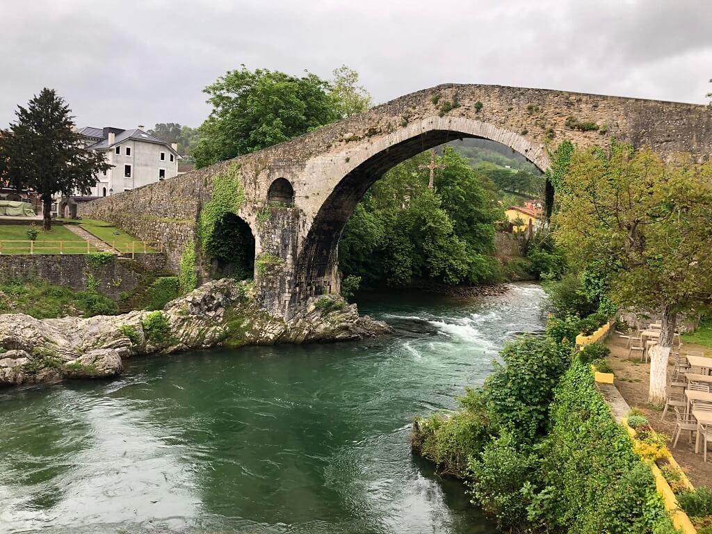 Roman bridge in Cangas de Onis, best places to visit in Asturias.