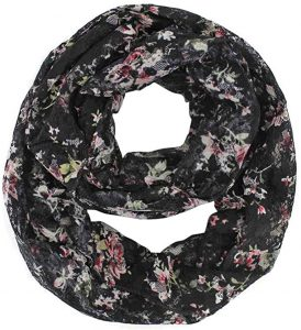 infinity scarf with pockets