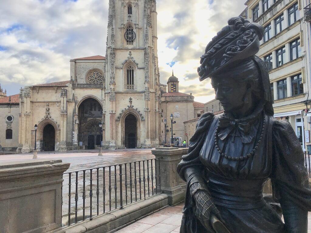 Oviedo's main square