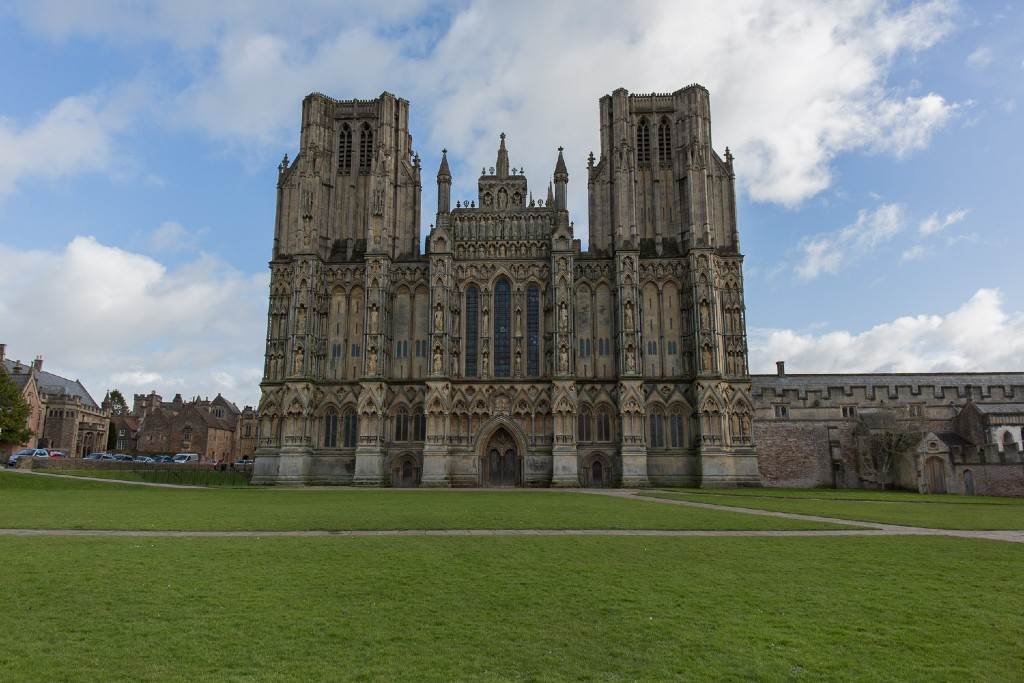 Wells Cathedral - Great Cathedrals of the United Kingdom