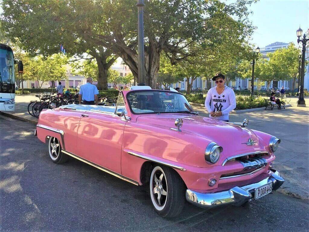 Cuban transportation, classic American car