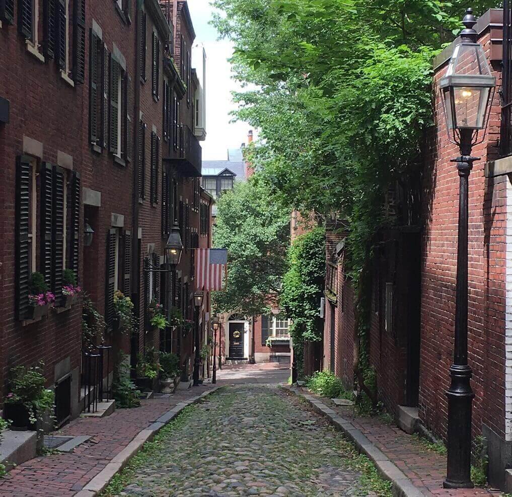 Acorn Street in Boston 2-day itinerary