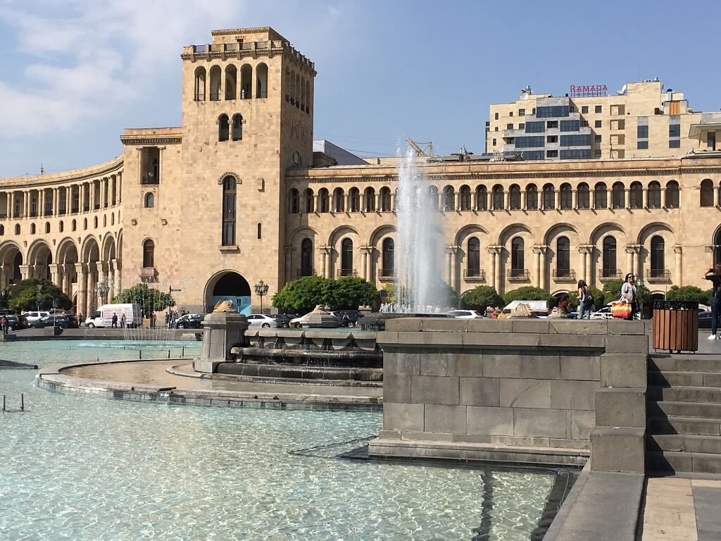 WHAT TO SEE IN YEREVAN, (ARMENIA): THE PERFECT YEREVAN CITY TOUR - Travels  with Talek