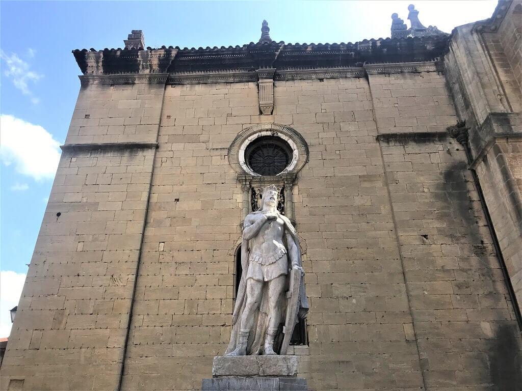 Statue of Asturian kings, things to see in Asturias