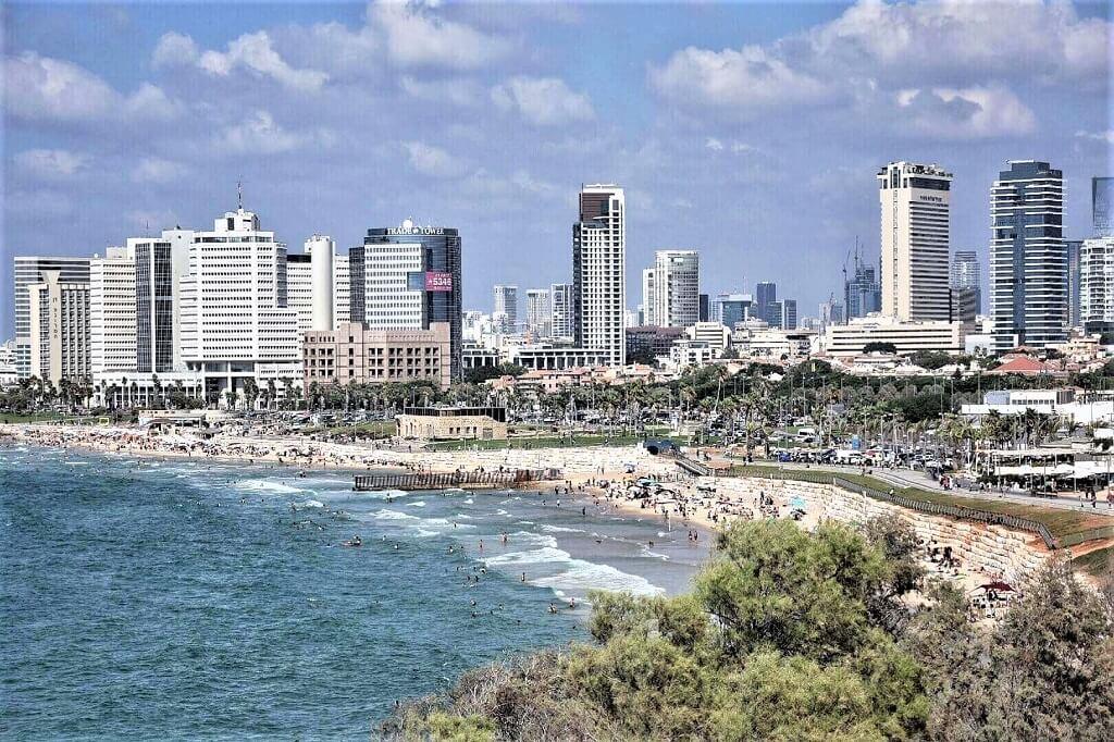 Tel Aviv with beach