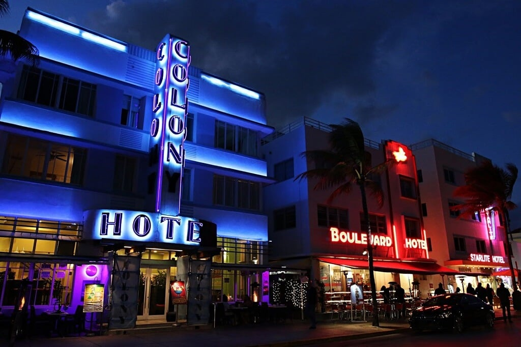 Enjoy Miami's art deco district, one of the best things to do in Miami.