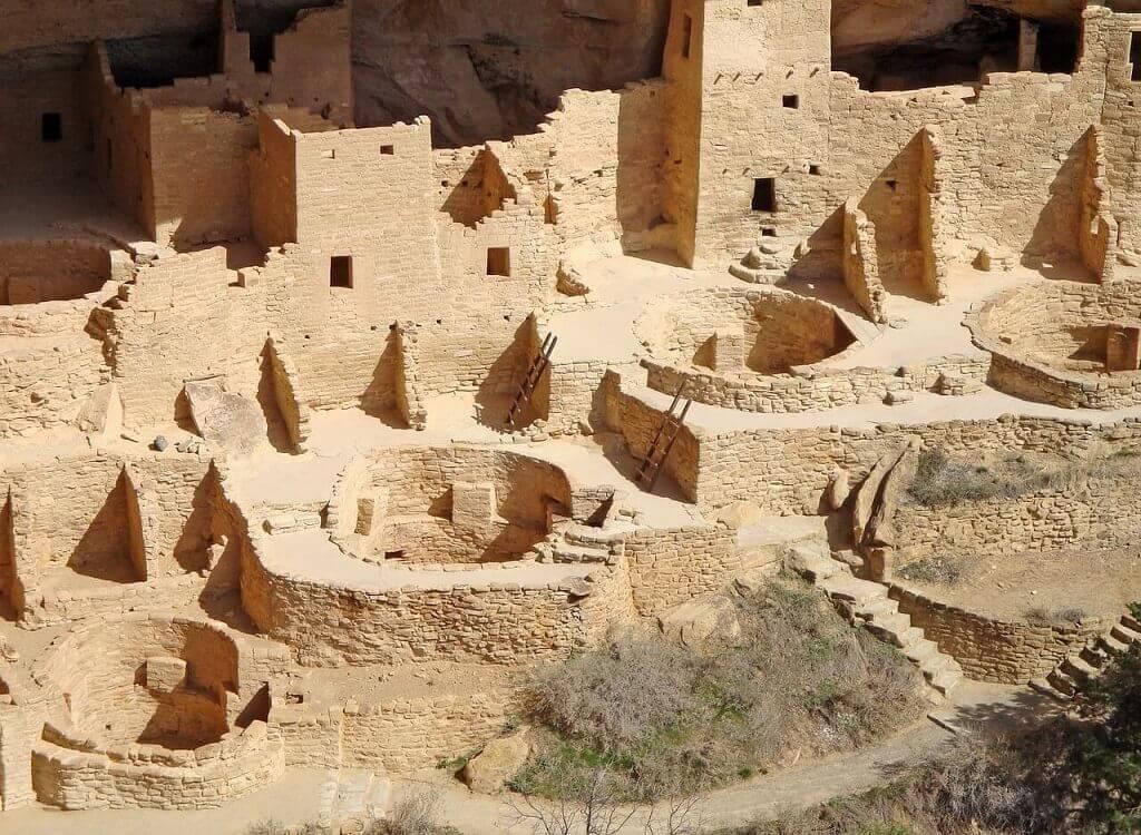 Mesa Verde cliff dwellings in southwest Colorado