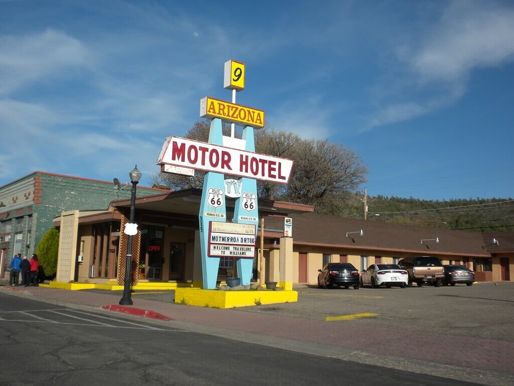Motel sign on route 66